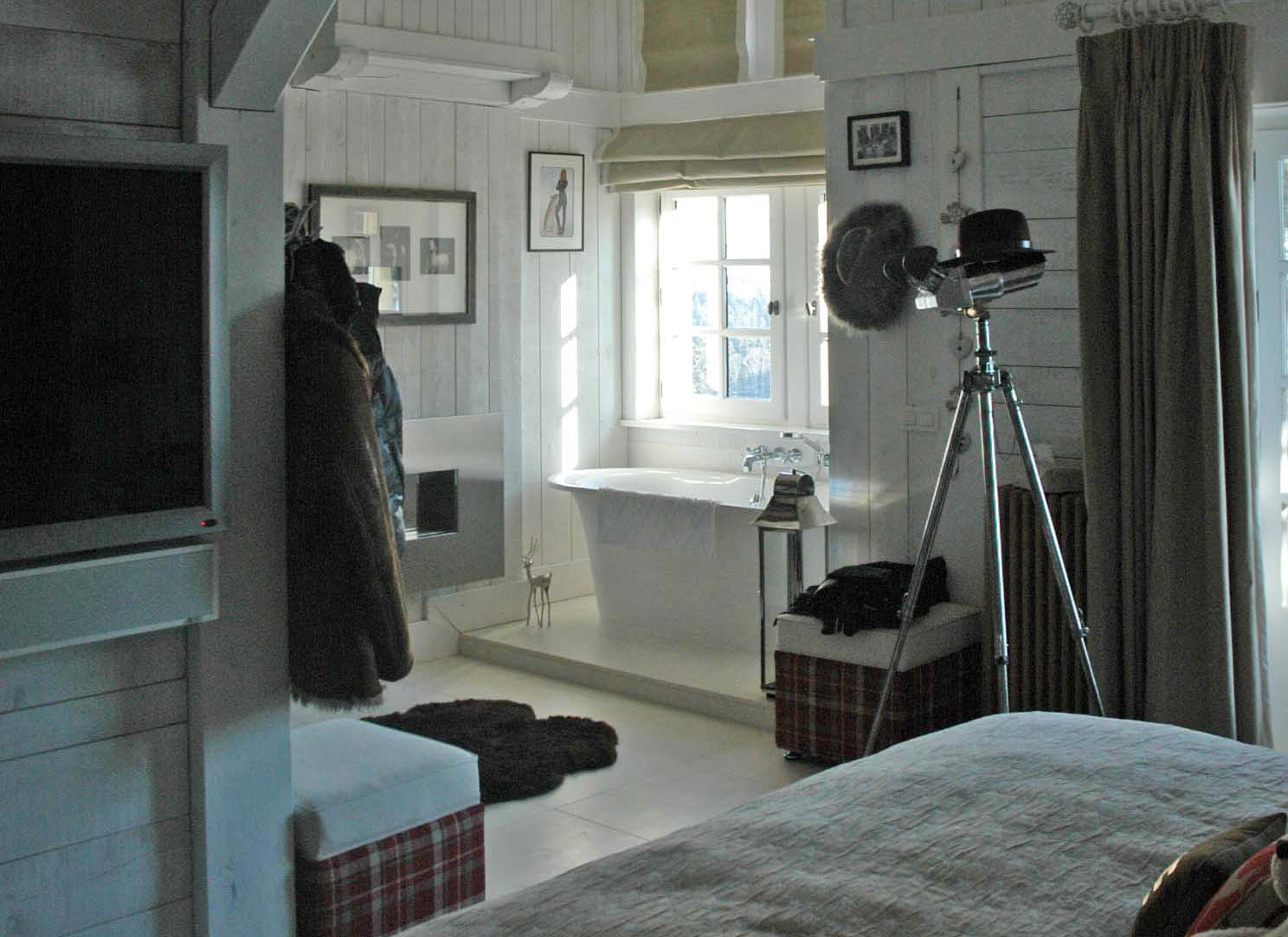 Chalet Bedroom with ensuite
